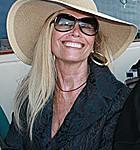 Mimi-Kirk-Hat1