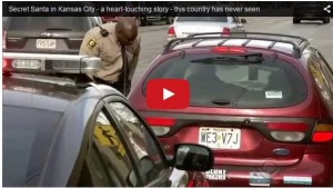 cop-pulling-over-drivers-giving-money1