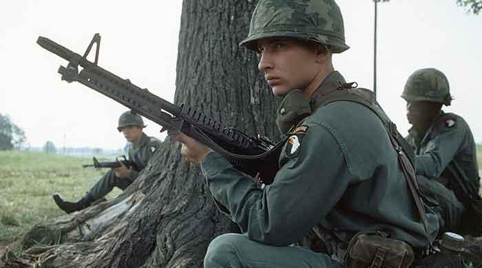 vietnam-fighting